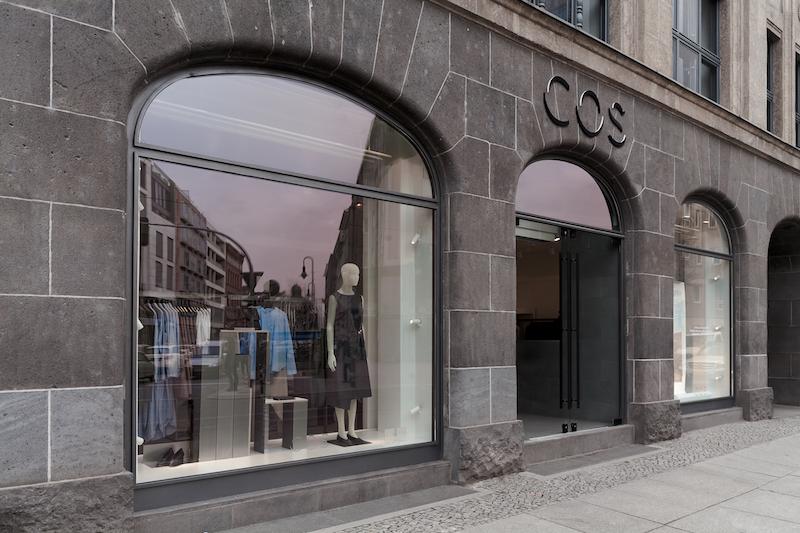 COS STORE BERLIN_05