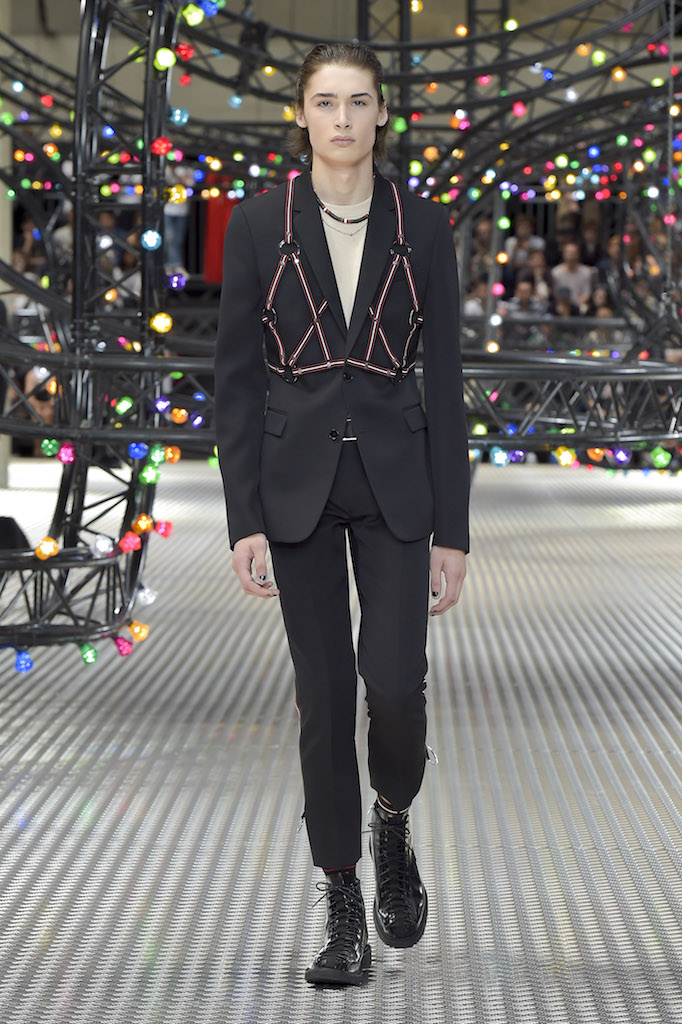 Dior_Homme_mss17_look_04
