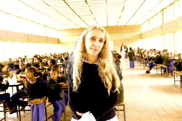 franca-sozzani-in-africa