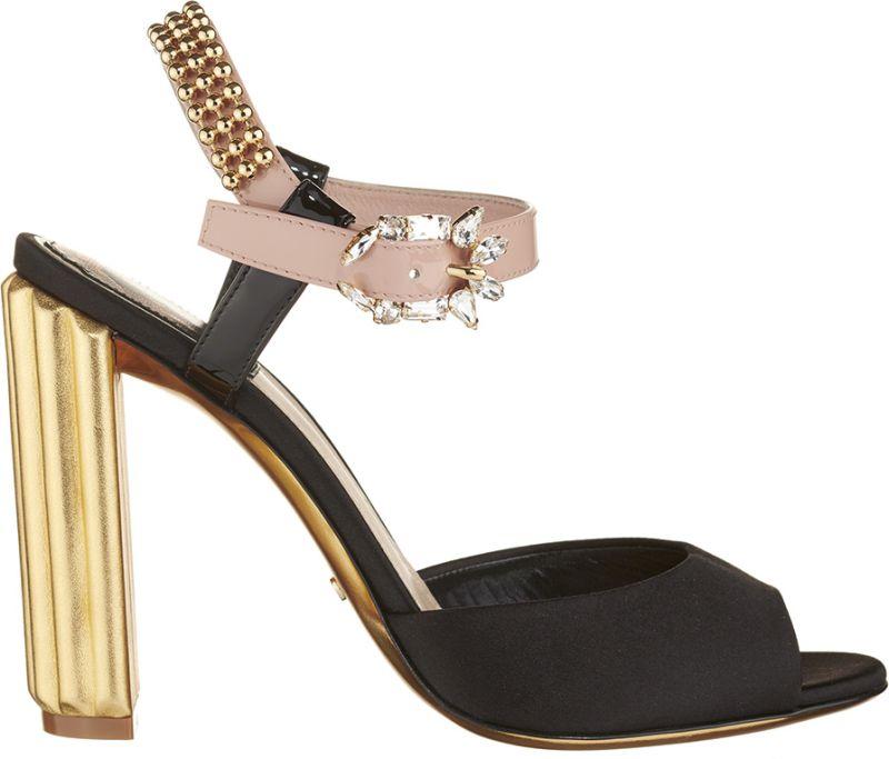 Sandale-en-satin-noir-ornee-d'une-boucle-strassee-et-d'un-talon-cannele-dore-de-10-cm